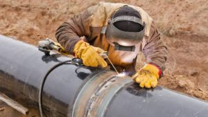 hiring Omani pipe fitter